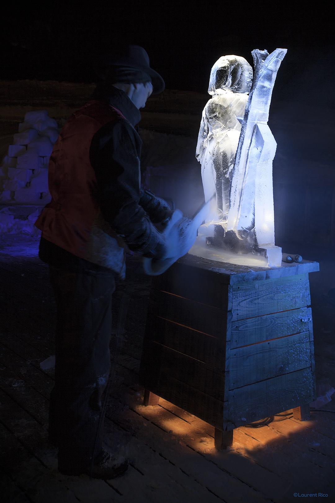 laurent rico-creations- realisations-productions audiovisuelles-manifestations-evenements-photographies-savoie-isere-grenoble-sculpture sur glace-christian burger-artiste-