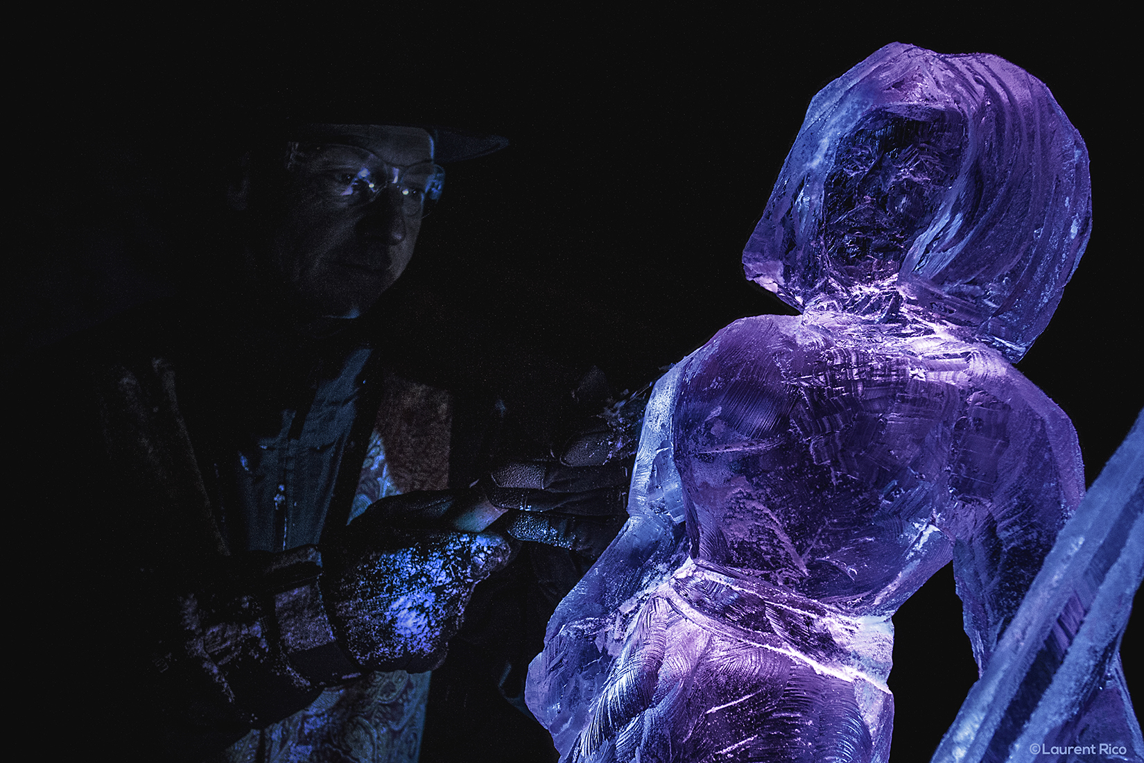 laurent rico-entreprise-creations- realisations-productions audiovisuelles-manifestations-evenements-expositions-photographies-savoie-isere-grenoble-sculpture sur glace-christian burger-artiste-