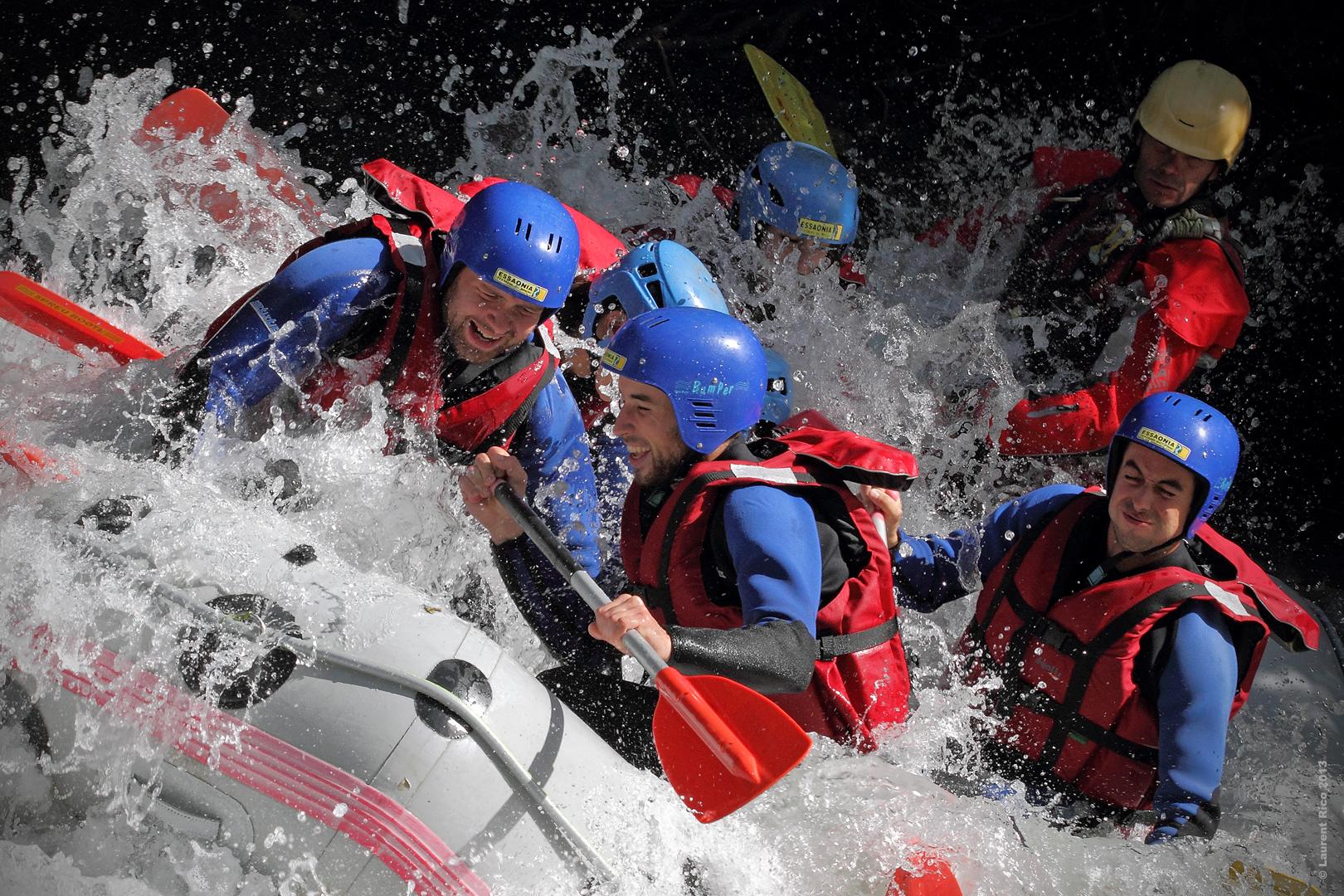 Laurent-rico-savoie-centron-photos-videos-reportage-isere-descente-essaonia-rafting-eau-vive-groupe-riviere-