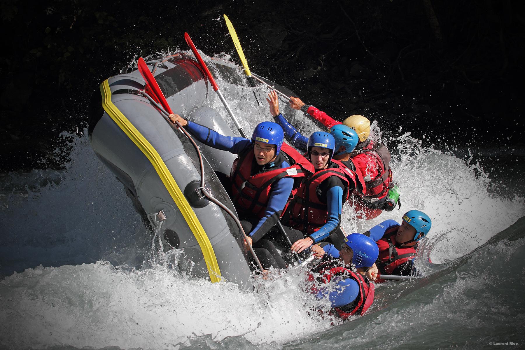Laurent-rico-savoie-centron-photos-videos-reportage-isere-multi activites-descente-essaonia-rafting-eau vive-groupe-riviere-